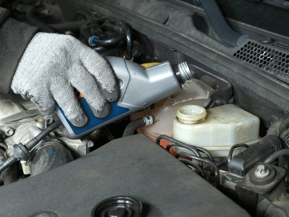 brake-fluid-flush-south-carolina-fort-mill-tega-cay-wash-and-lube